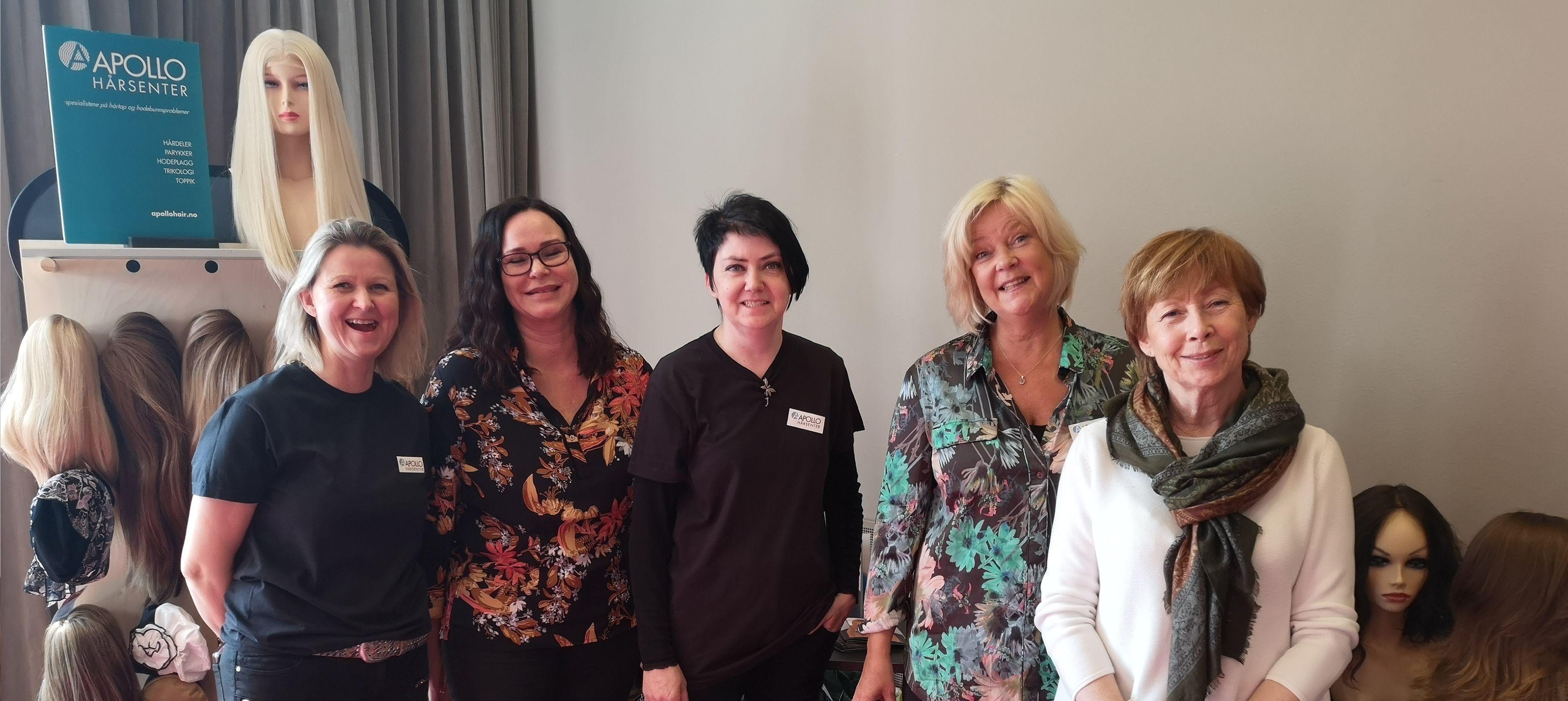 Alopeciadagen 2019 gruppebildet stand