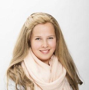 Andrea (15) Klasskamraterna tycker att jag är fin med långt hår